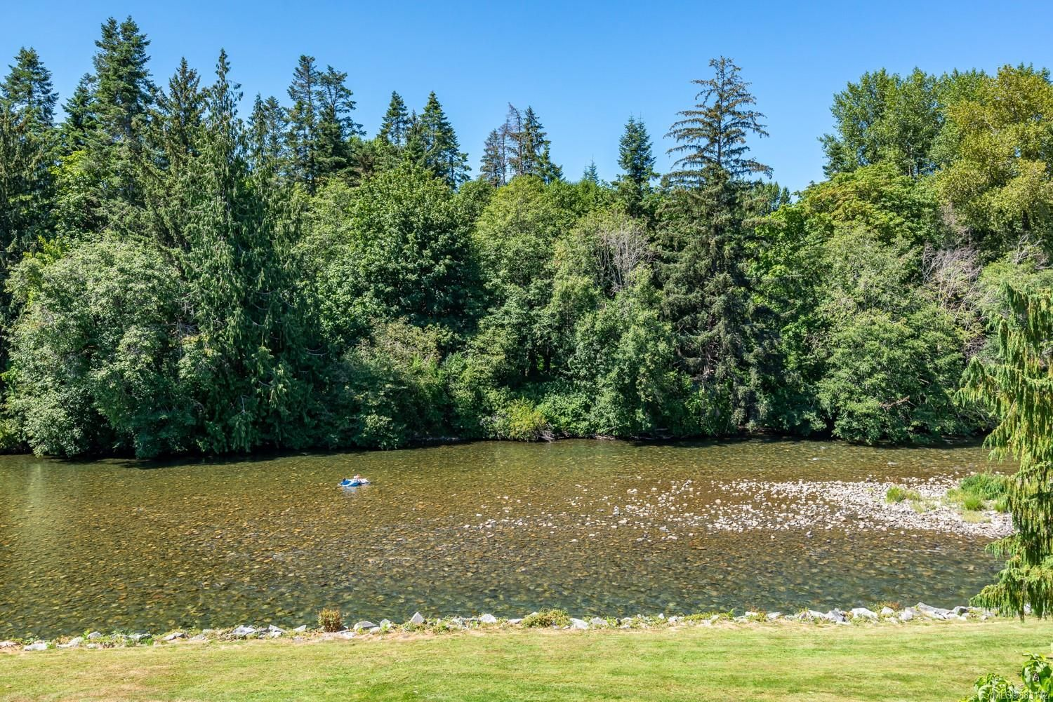 Photo 24: Photos: 303 205 1st St in : CV Courtenay City Row/Townhouse for sale (Comox Valley)  : MLS®# 883172
