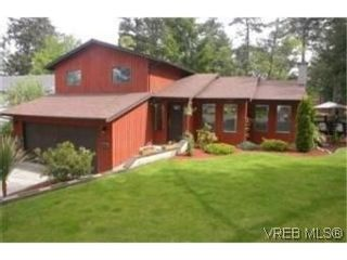 Photo 1: 2545 Toth Pl in VICTORIA: La Mill Hill House for sale (Langford)  : MLS®# 521798