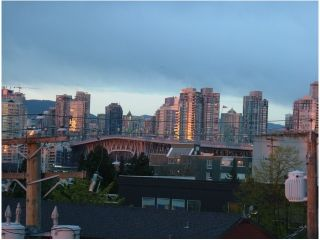 """Photo 7: 401 1635 W 3RD Avenue in Vancouver: False Creek Condo for sale in """"LUMEN"""" (Vancouver West)  : MLS®# V850263"""