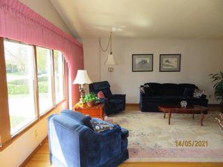 Photo 3: 163 Van Horne Crescent NE in Calgary: Vista Heights Detached for sale : MLS®# A1102407