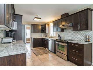 Photo 3: 12062 201B Street in Maple Ridge: Northwest Maple Ridge House for sale : MLS®# R2446230
