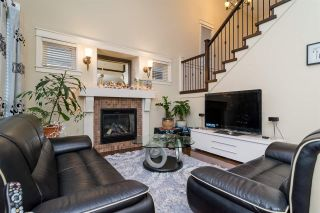 Photo 5: 19036 70 AVENUE in Surrey: Clayton House for sale (Cloverdale)  : MLS®# R2128470