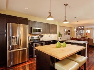 """Photo 1: 8 6651 203 Street in Langley: Willoughby Heights Townhouse for sale in """"Sunscape"""" : MLS®# F1446501"""