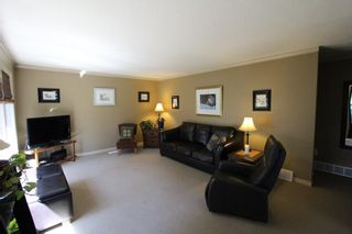Photo 10: 7716 Golf Course Road in Anglemont: North Shuswap House for sale (Shuswap)  : MLS®# 10135100