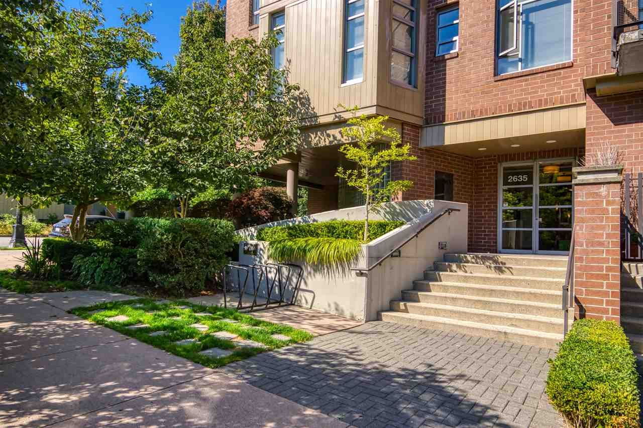 Photo 3: Photos: 207 2635 PRINCE EDWARD STREET in Vancouver: Mount Pleasant VE Condo for sale (Vancouver East)  : MLS®# R2488215