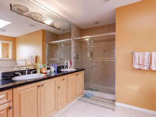 """Photo 14: 3850 FOREST STREET - LISTED BY SUTTON CENTRE REALTY in Burnaby: Burnaby Hospital House for sale in """"BURNABY HOSPITAL"""" (Burnaby South)  : MLS®# R2166680"""
