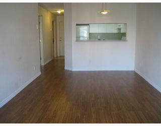 """Photo 2: 304 525 AGNES Street in New_Westminster: Downtown NW Condo for sale in """"AGNES TERRACE"""" (New Westminster)  : MLS®# V784575"""
