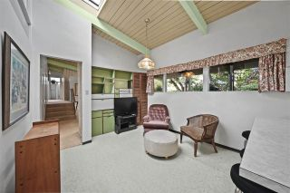 Photo 11: 666 ST. IVES Crescent in North Vancouver: Delbrook House for sale : MLS®# R2509004