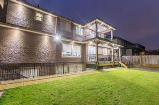 """Photo 3: 9469 159A Street in Surrey: Fleetwood Tynehead House for sale in """"Fleetwood Tynehead"""" : MLS®# R2339112"""