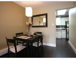 """Photo 3: 306 1011 4TH Avenue in New_Westminster: Uptown NW Condo for sale in """"CRESTWELL MANOR"""" (New Westminster)  : MLS®# V718301"""