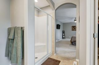 Photo 17: 324 Cresthaven Place SW in Calgary: Crestmont Detached for sale : MLS®# A1118546
