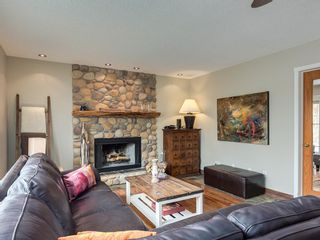 Photo 13: 67 Sierra Morena Circle SW in Calgary: Signal Hill Detached for sale : MLS®# C4239157