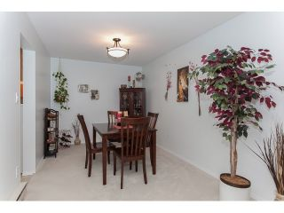 """Photo 6: 102 5375 205 Street in Langley: Langley City Condo for sale in """"GLENMONT PARK"""" : MLS®# R2053882"""