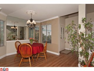 """Photo 5: 24 15840 84TH Avenue in Surrey: Fleetwood Tynehead Townhouse for sale in """"Fleetwood Gables"""" : MLS®# F1110783"""