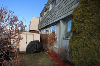 Photo 4: 4 523 64 Avenue NE in Calgary: Thorncliffe Row/Townhouse for sale : MLS®# A1090727