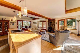 Photo 5: 894 BOLTON Road: Bowen Island House for sale : MLS®# R2433387