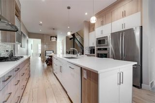 Photo 11: 2620 15A Street SW in Calgary: Bankview Semi Detached for sale : MLS®# A1070498