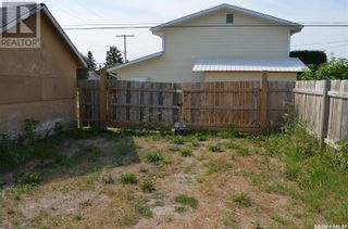 Photo 29: 1079 4th ST E in Prince Albert: House for sale : MLS®# SK842619