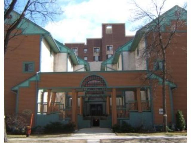 Main Photo: 90 ROSLYN Road in WINNIPEG: Fort Rouge / Crescentwood / Riverview Condominium for sale (South Winnipeg)  : MLS®# 2906148
