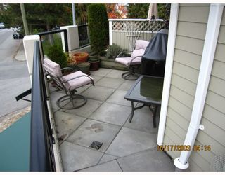 Photo 10: 205 815 1ST Street in New Westminster: GlenBrooke North Townhouse for sale : MLS®# V802564