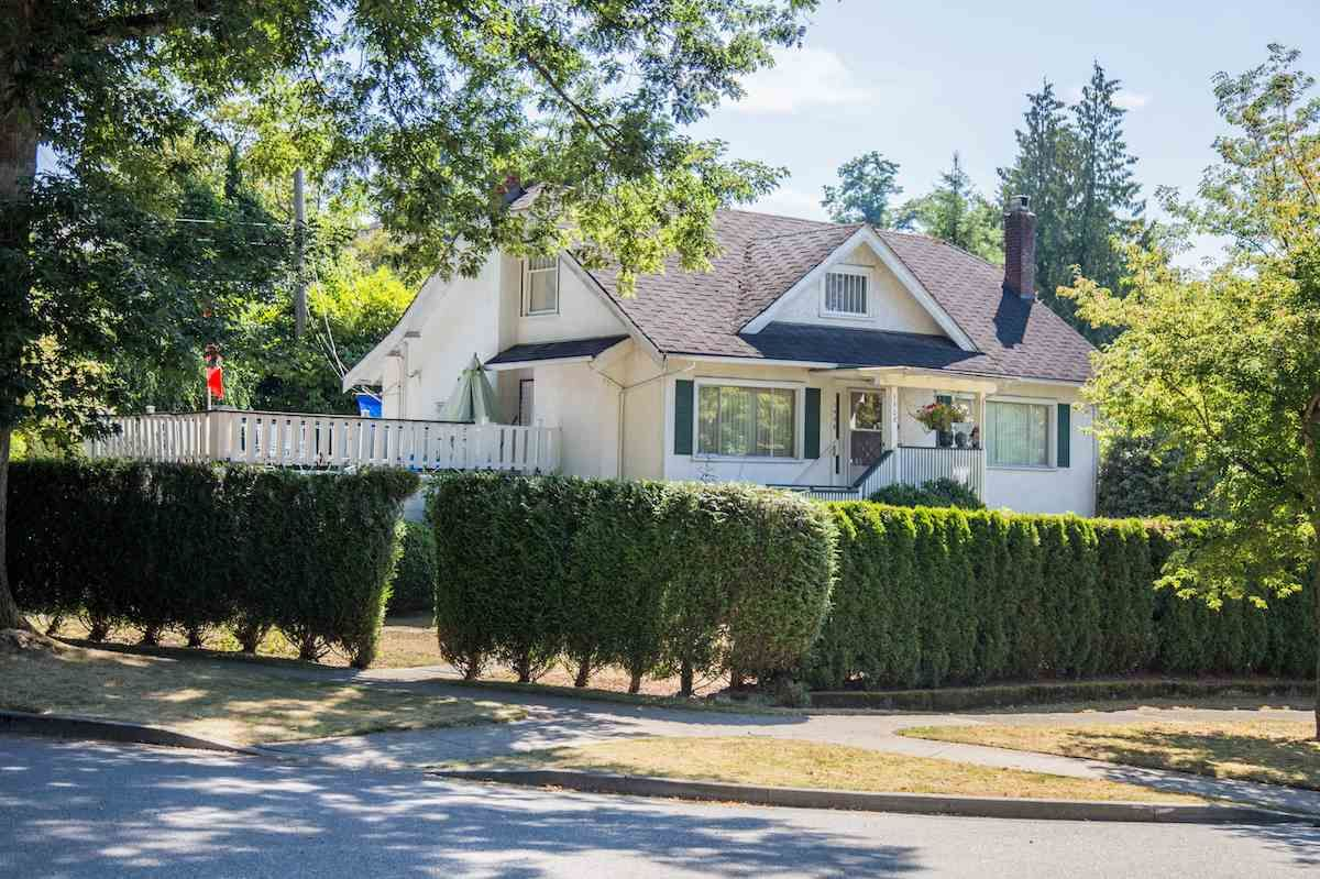 Main Photo: 1908 W 33RD Avenue in Vancouver: Quilchena House for sale (Vancouver West)  : MLS®# R2293718