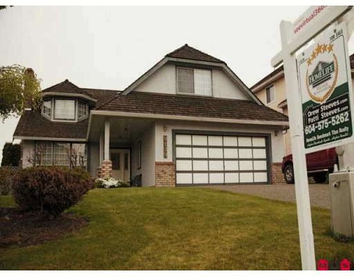 """Main Photo: 8139 151ST Street in Surrey: Bear Creek Green Timbers House for sale in """"MORNINGSIDE"""" : MLS®# F2812331"""