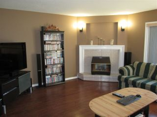 """Photo 9: 15 34755 OLD YALE Road in Abbotsford: Abbotsford East Townhouse for sale in """"Glenview"""" : MLS®# R2116183"""
