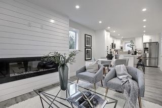 Photo 4: 428 Queensland Place SE in Calgary: Queensland Detached for sale : MLS®# A1123747