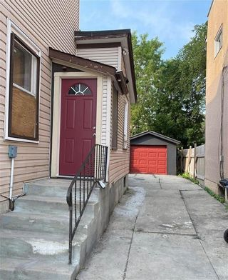 Photo 2: 515 Magnus Avenue in Winnipeg: North End Residential for sale (4A)  : MLS®# 202118984