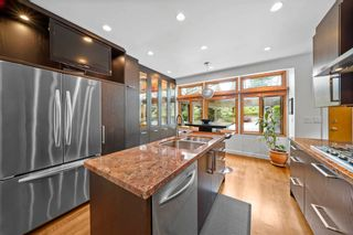 Photo 11: 662 ST. IVES Crescent in North Vancouver: Delbrook House for sale : MLS®# R2603801