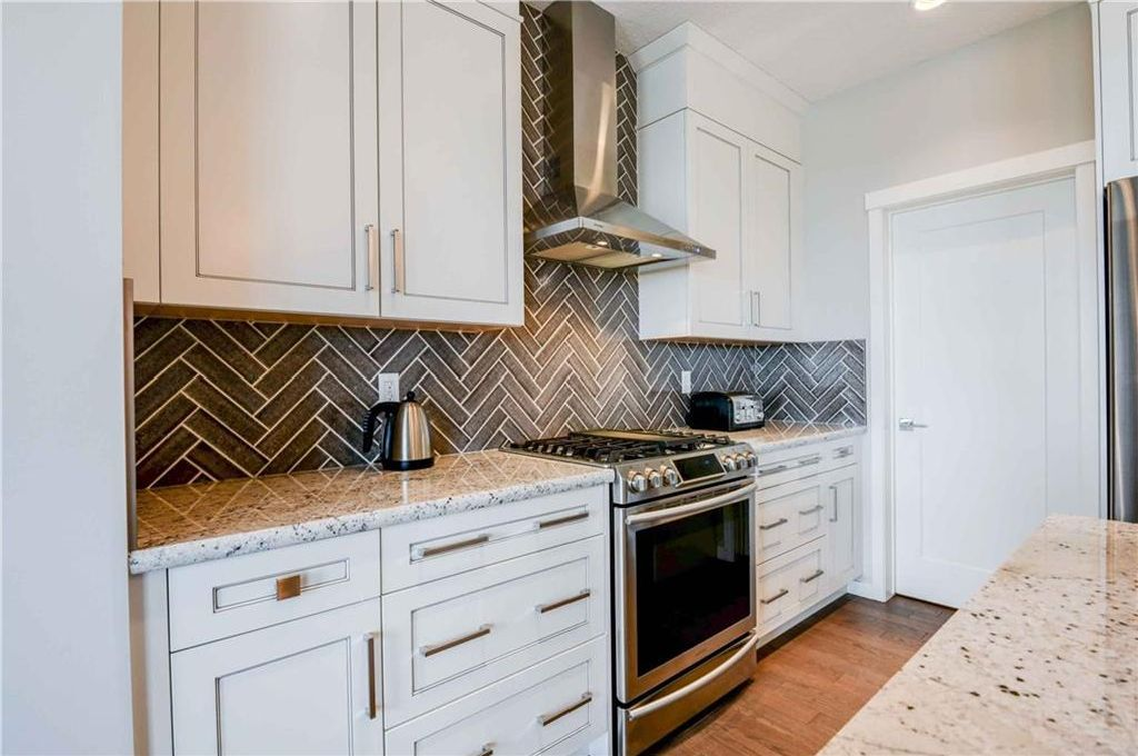 Photo 6: Photos: 165 Ranch Road: Okotoks House for sale : MLS®# C4142752