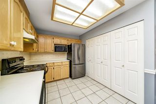 """Photo 18: 129 8737 212 Street in Langley: Walnut Grove Townhouse for sale in """"Chartwell Green"""" : MLS®# R2490439"""