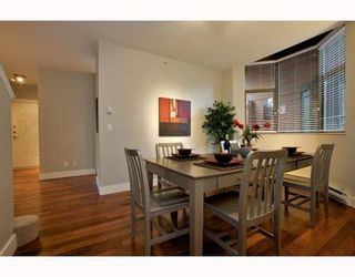 Photo 4: 1490 HORNBY Street in Vancouver West: Home for sale : MLS®# V803506