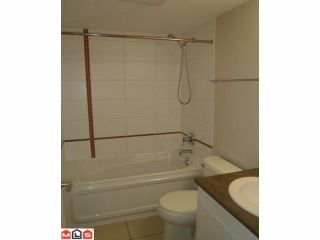 """Photo 3: 101 46150 BOLE Avenue in Chilliwack: Chilliwack N Yale-Well Condo for sale in """"NEWMARK"""" : MLS®# R2210372"""