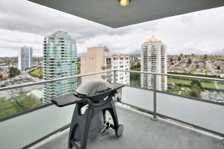 """Photo 16: 1901 4400 BUCHANAN Street in Burnaby: Brentwood Park Condo for sale in """"MOTIF by BOSA"""" (Burnaby North)  : MLS®# R2056492"""