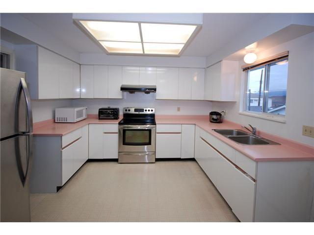 Photo 3: Photos: 2933 GRAVELEY Street in Vancouver: Renfrew VE House for sale (Vancouver East)  : MLS®# V993661