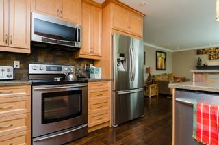 Photo 14: 20716 51ST Avenue in Langley: Langley City House for sale : MLS®# F1450329