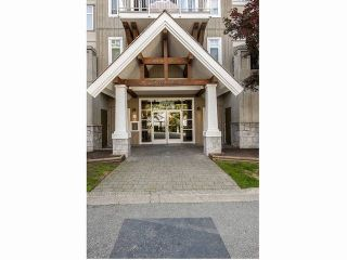 Photo 2: # 302 1428 PARKWAY BV in Coquitlam: Westwood Plateau Condo for sale : MLS®# V1098952