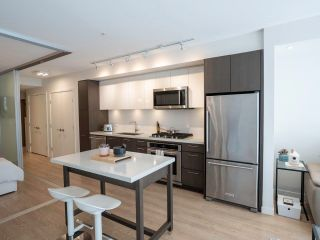 """Photo 4: 520 384 E 1ST Avenue in Vancouver: Strathcona Condo for sale in """"Canvas"""" (Vancouver East)  : MLS®# R2568720"""