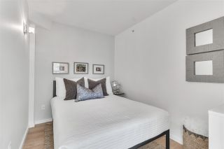 "Photo 12: 1207 1238 RICHARDS Street in Vancouver: Yaletown Condo for sale in ""Metropolis"" (Vancouver West)  : MLS®# R2515222"