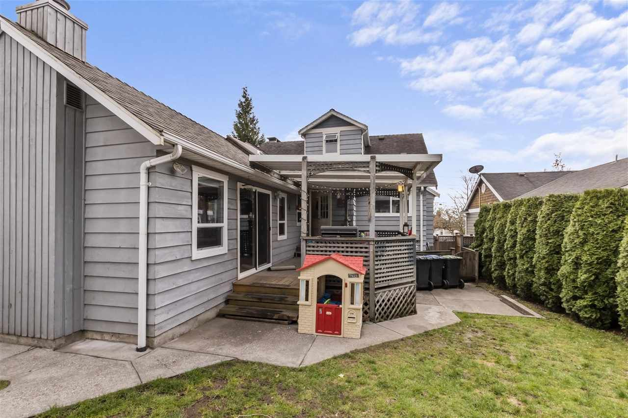 Photo 17: Photos: 1913 EDINBURGH Street in New Westminster: West End NW House for sale : MLS®# R2547519