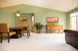 Photo 3: 64 Settlers Road in Winnipeg: River Pointe Residential for sale (2C)  : MLS®# 1929303