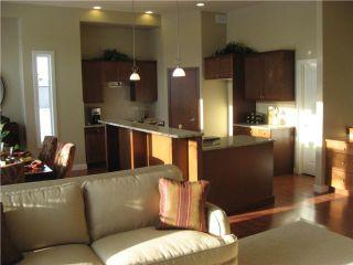 Photo 5: 137 Marine Drive in Winnipeg: Residential for sale : MLS®# 1000013