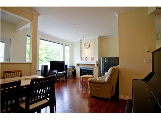 """Photo 2: 4 3033 TERRAVISTA Place in Port Moody: Port Moody Centre Townhouse for sale in """"GLENMORE"""" : MLS®# V896446"""