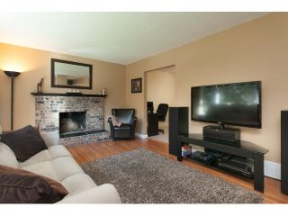 Photo 6: 2480 CAMERON Crescent in Abbotsford: Abbotsford East House for sale : MLS®# R2001058