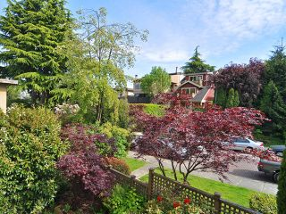"Photo 11: 312 2057 W 3RD Avenue in Vancouver: Kitsilano Condo for sale in ""SAUSALITO"" (Vancouver West)  : MLS®# V1064184"