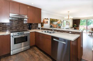 """Photo 16: 4 2151 BANBURY Road in North Vancouver: Deep Cove Townhouse for sale in """"Mariners Cove"""" : MLS®# R2584972"""