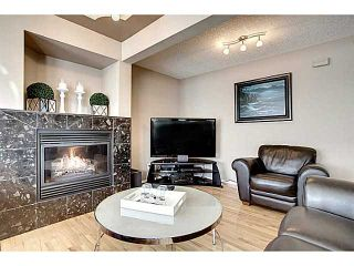 Photo 4: 98 Patina Rise SW in CALGARY: Prominence_Patterson Townhouse for sale (Calgary)  : MLS®# C3591171