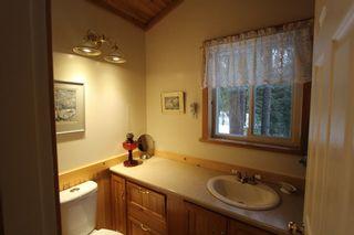 Photo 17: 5244 NE Meadow Creek Road in Celista: North Shuswap House for sale (Shuswap)  : MLS®# 10110324