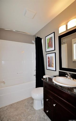 Photo 15: 1012 Willowgrove Crescent in Saskatoon: Willowgrove Residential for sale : MLS®# SK874149